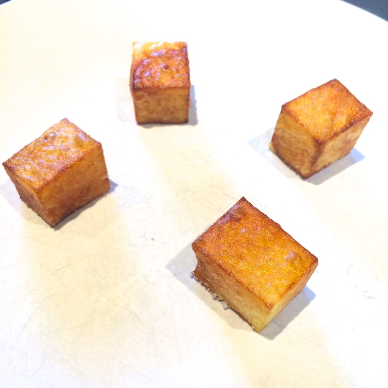 how to cut red potatoes into cubes